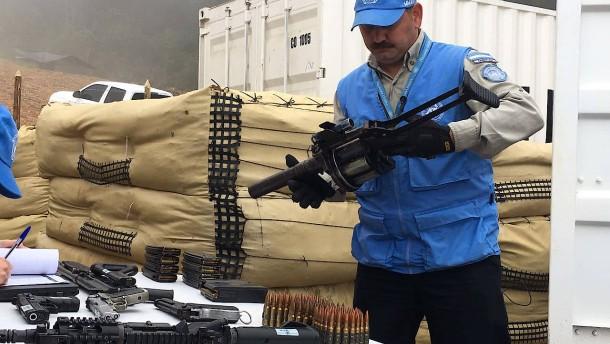 Farc-Guerilla hat alle Waffen abgegeben