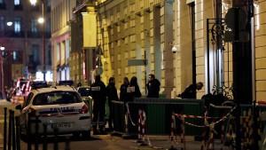Bewaffnete überfallen das Ritz in Paris
