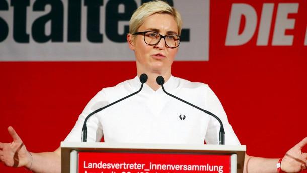 Unbekannte attackieren Wahlhelfer der Linke