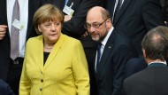 Angela Merkel (CDU) und Martin Schulz (SPD) zusammen bei der Bundesversammlung im Februar