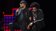 Stevie Wonder kniet für Amerika