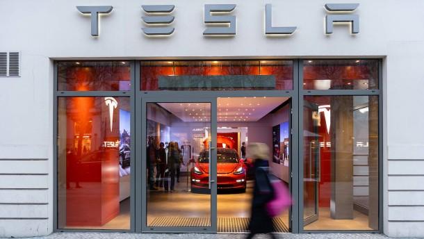 Tesla stellt neuen SUV vor