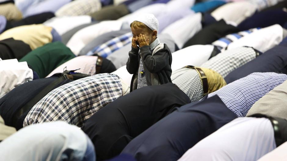 Gebet zum islamischen Opferfest Eid al Ahda in Sarajevo, der Hauptstadt von Bosnien-Herzegowina.