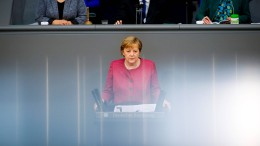Merkel verteidigt geplante Ausgangsbeschränkungen