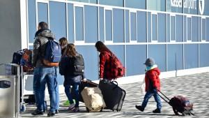 Abschiebungen aus Deutschland fast verdoppelt