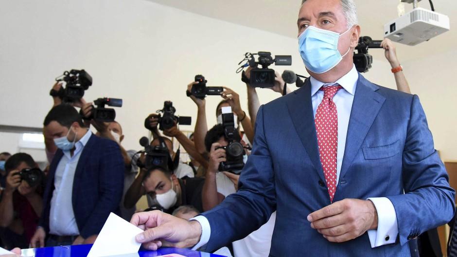 Knappes Ergebnis bei Wahl in Montenegro