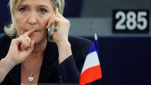 Justiz will Immunität Le Pens aufheben