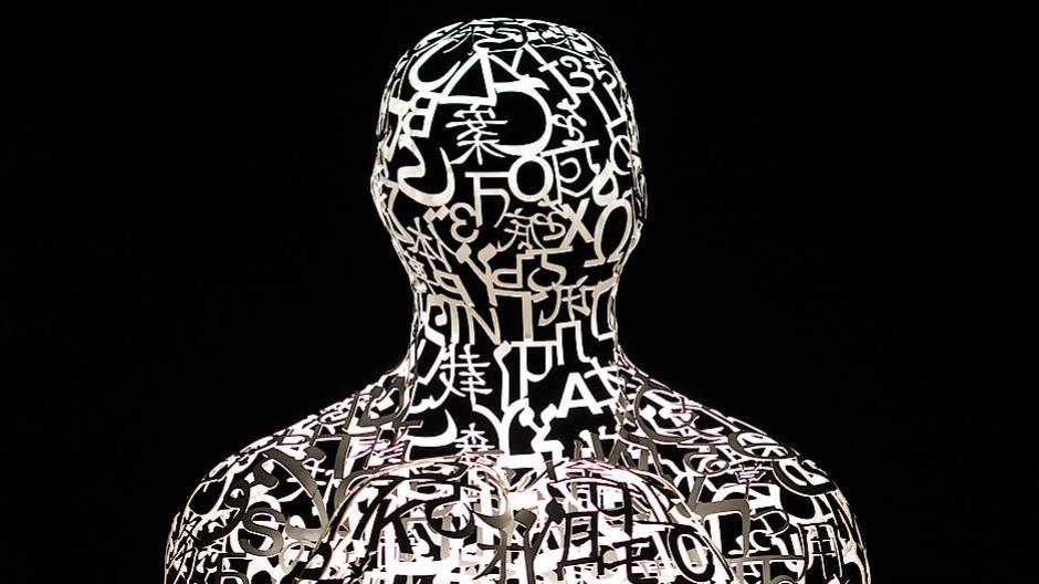 Skulptur Body of Knowledge von Jaume Plansa: Sie steht für die Vernetzung der Wissenschaften.