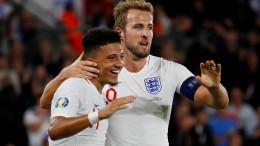 England wahrt makellose Bilanz nach verrücktem Spiel