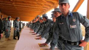 Afghanische Polizisten flohen aus Gefecht