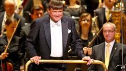 Auch Dirigent Thielemann und Staatskapelle geben Echos zurück