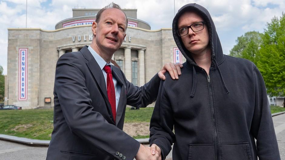 Sonneborn und Semsrott während der Kampagne zur EU-Wahl