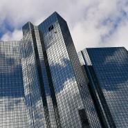 """""""Wir brauchen so bald wie möglich Klarheit über die Details und die praktischen Implikationen rund um den Brexit"""", sagt die Deutsche Bank."""