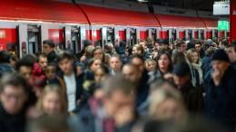 Bahn und Gewerkschaft EVG einigen sich auf 6,1 Prozent mehr Lohn
