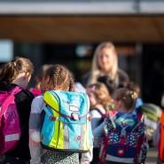 Kinder beim Schulstart in Baden-Württemberg: Auch Lehrer hören lustige Sprüche.