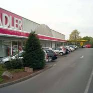 Vorübergehend geschlossen: Adler eröffnete 1970 in Haibach bei Aschaffenburg den ersten von 171 Modemärkten.