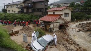 Mindestens 65 Tote nach Unwettern in Japan