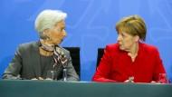 Zwei der mächtigsten Frauen der Welt: Kanzlerin Angela Merkel und IWF-Chefin Christine Lagarde.