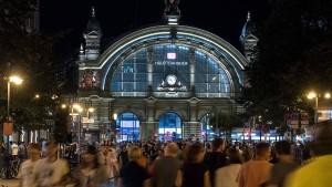 Rund 50 000 Besucher bei Bahnhofsviertelnacht