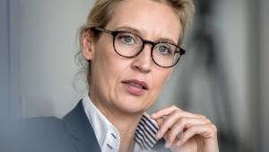 Alice Weidel prüft rechtliche Schritte gegen Farid Bang