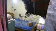 Ein zerstörtes Haus in Arequipa, im Süden Perus