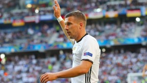 """Podolski sagt """"tschö"""""""
