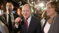 Durchboxen bis zur Kanzlerkandidatur? Olaf Scholz auf dem Weg zur SPD-Wahlparty am Sonntagabend in Hamburg