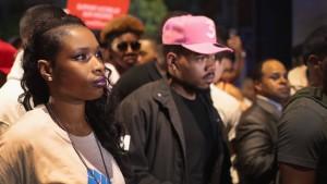 Jennifer Hudson und Chance the Rapper demonstrieren