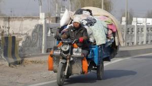 Peking setzt tausende Arbeiter auf die Straße