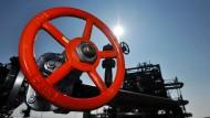 Auch wenn das Rad nicht zugedreht wird - der Ölpreis steigt wieder.