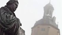"""""""Der Katholizismus macht es - ich will nicht sagen: falsch - aber eben anders"""": Denkmal für Luther in Wittenberg"""