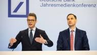 Deutsche-Bank-Chef Christian Sewing (links) mit Finanzvorstand James von Moltke