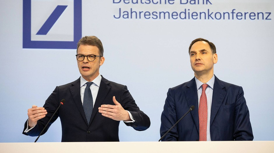 Deutsche-Bank-Chef Christian Sewing (links) mit Finanzvorstand James von Moltke