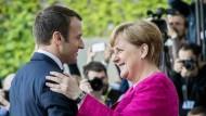 Am Donnerstag empfängt Kanzlerin Angela Merkel (CDU) den französischen Präsidenten Macron in Berlin.