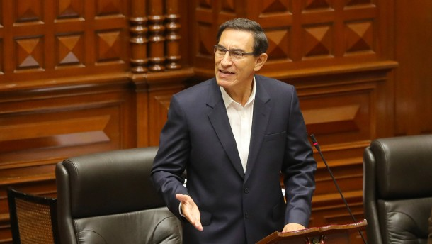 Perus Präsident Vizcarra übersteht Amtsenthebungsverfahren