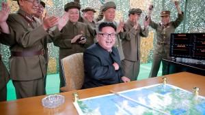 Nordkorea testet drei Kurzstreckenraketen