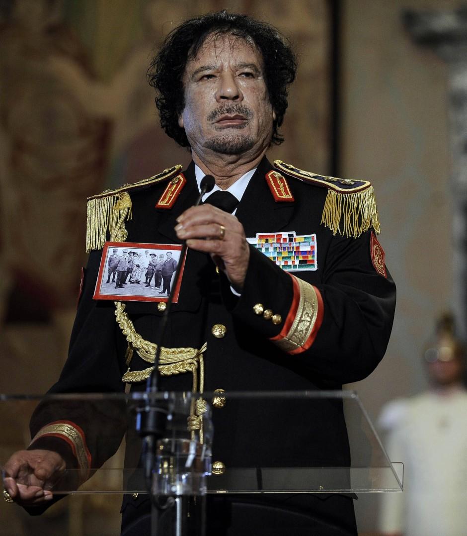 Wie ein Geisteskranker in einer selbst installierten Phantasiewelt wirkte Gaddafi in seinen letzten Jahren