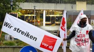 Busfahrer streiken in vielen hessischen Städten