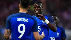 Frankreich gewinnt knapp gegen Kamerun
