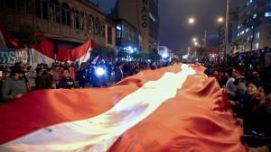 Perus Präsident löst Parlament auf