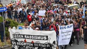 Hunderte demonstrieren in Wächtersbach gegen Rassismus