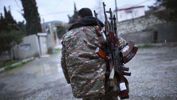 Waffenruhe im Konflikt um Berg-Karabach erzielt