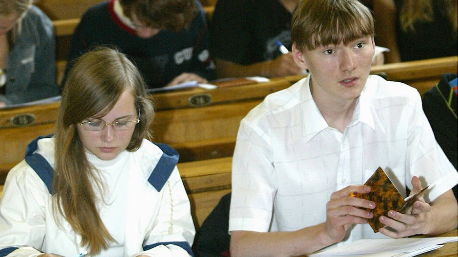 Zentrales Staatsexamen geschafft: Studenten in Moskau.