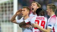 Die Freude bei den Spielern von RB Leipzig ist nach dem Treffer zur 1:0-Führung groß.