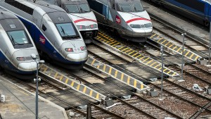 In Frankreich streiken Bahner und Piloten