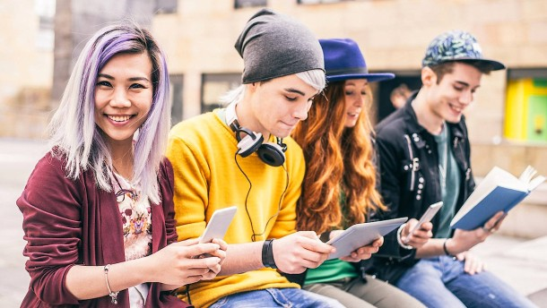 Cyber-Betrüger haben bei jungen Menschen leichtes Spiel