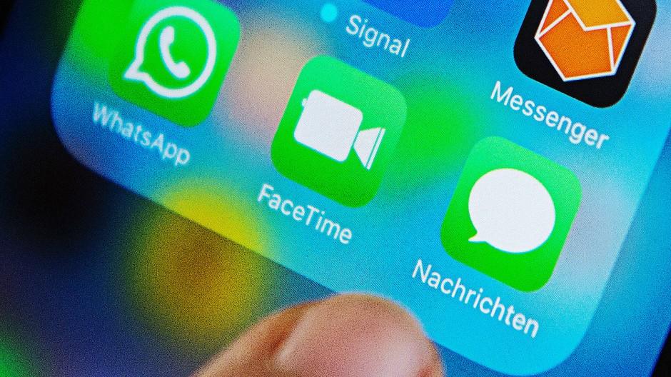 Morgens und abends kurz und bündig informiert: Ab sofort können Sie unseren beliebten Messenger-Newsletter auch in Apple Nachrichten empfangen.