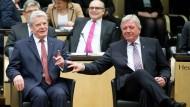 Nachfolger? Joachim Gauck und Volker Bouffier (Archivbild)