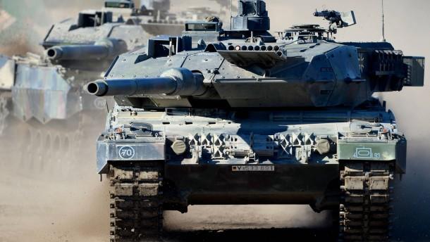 Abgeordnete fordern mehr Panzer für die Bundeswehr