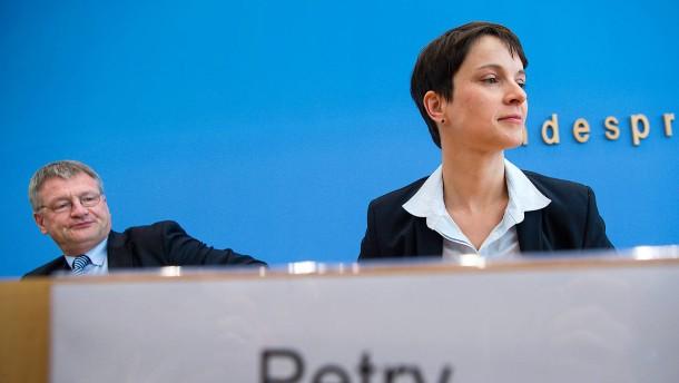 Was das Nein zum Sonderparteitag für Petry bedeutet